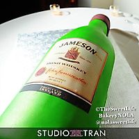 Jameson bottle _1