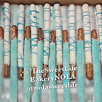 Chocolate covered pretzel rods_1