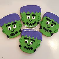 Frankenstein Halloween decorated sugar cookies _1